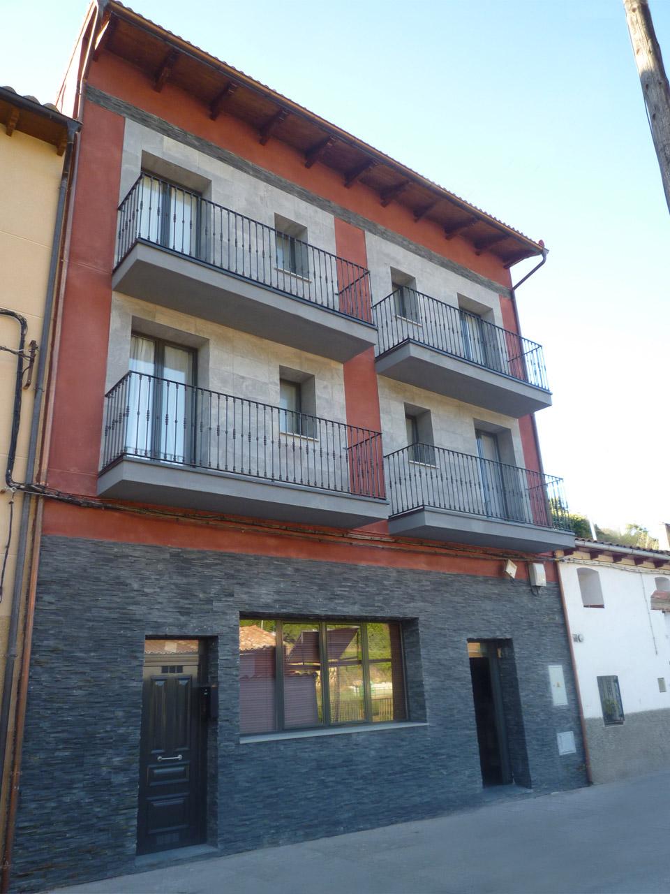 Casa rural el encanto del moncayo fachada y recepci n - Hotel en ronda con encanto ...